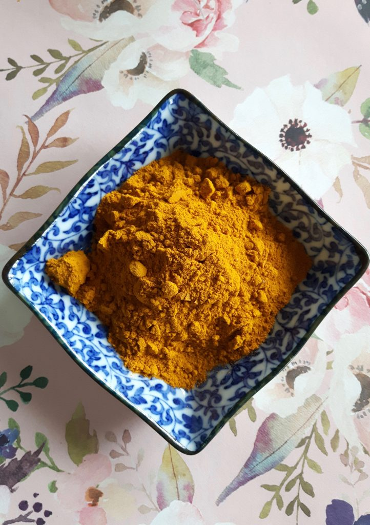 turmeric powder for face mask